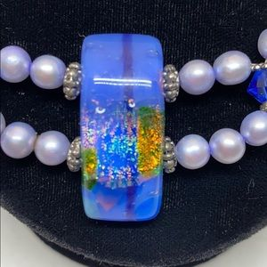 Jewelry - Vintage blue necklace with stunning glass  accents
